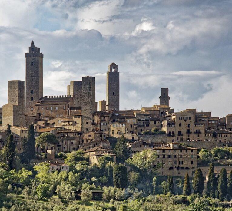 tour of San Gimignano: view