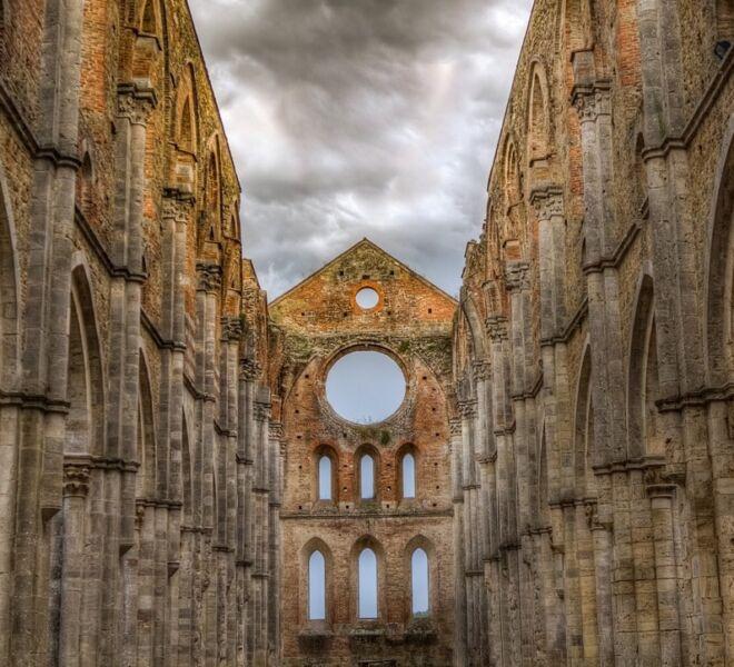 Abbeys and Monasteries in Tuscany: San Galgano