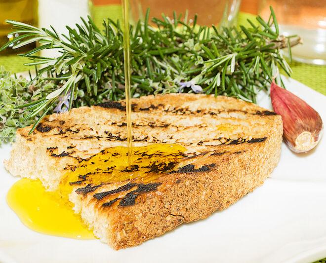 olio extra vergine di oliva toscano: bruschetta